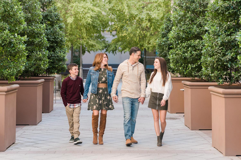 Smith Center Family Portraits   Kristen Marie Weddings + Portraits